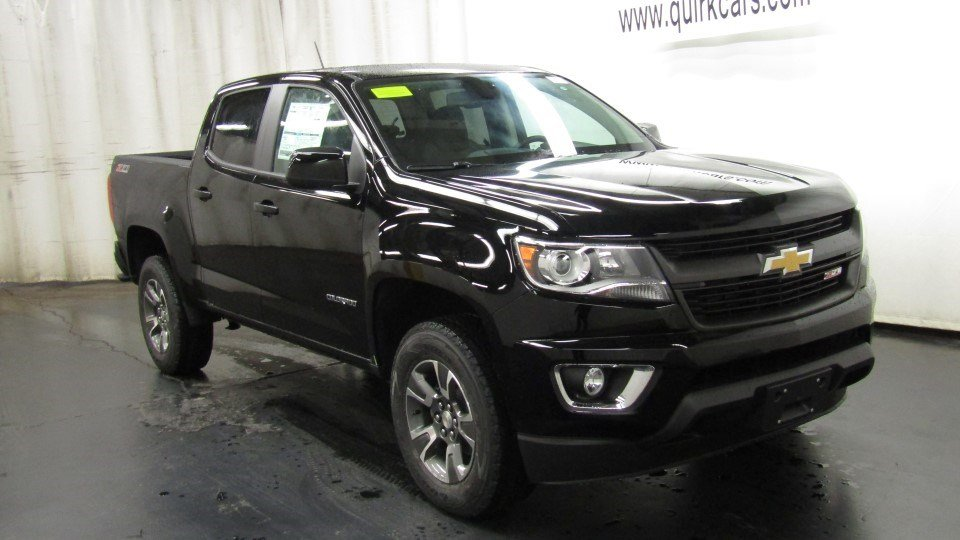 new 2017 chevrolet colorado 4wd z71 crew cab pickup in braintree c53871 quirk chevrolet. Black Bedroom Furniture Sets. Home Design Ideas